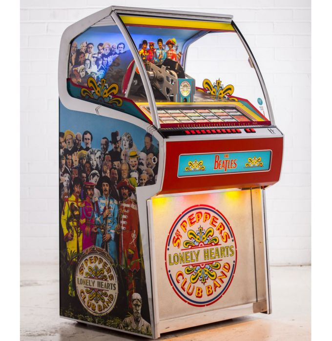 Rocket Vinyl Jukebox 70 45s and Bluetooth - The Beatles Sgt. Peppers Lonely Hearts Club Band