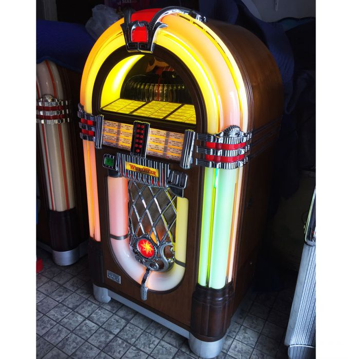 Wurlitzer OMT - One More Time Jukebox - Vinyl