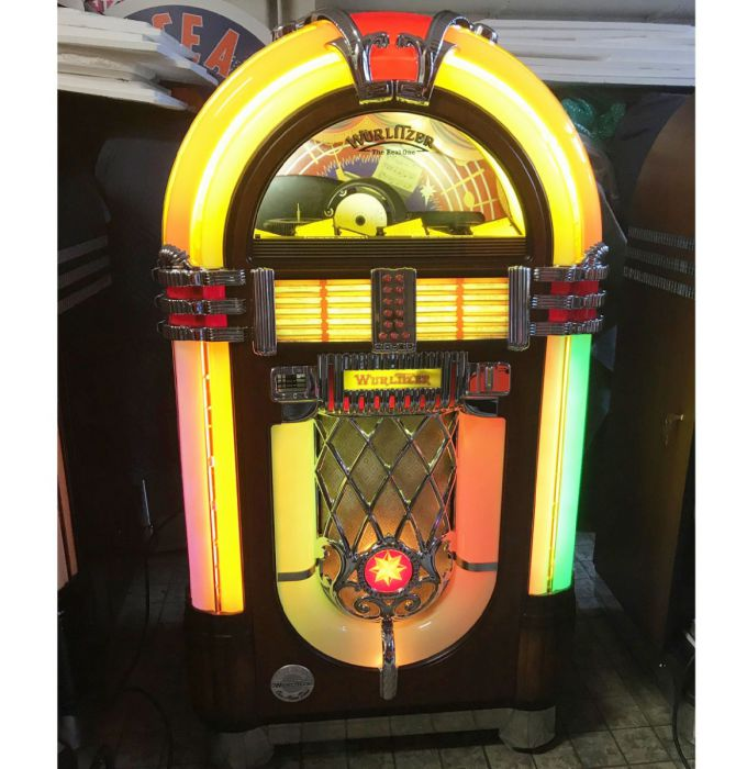 Wurlitzer One More Time Jukebox - 100 CD
